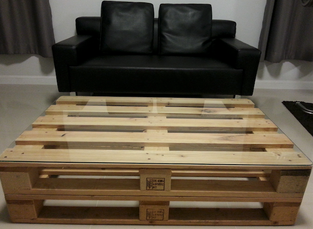 DIY โต๊ะนั่งดริ๊งด้วยไม้พาเลท